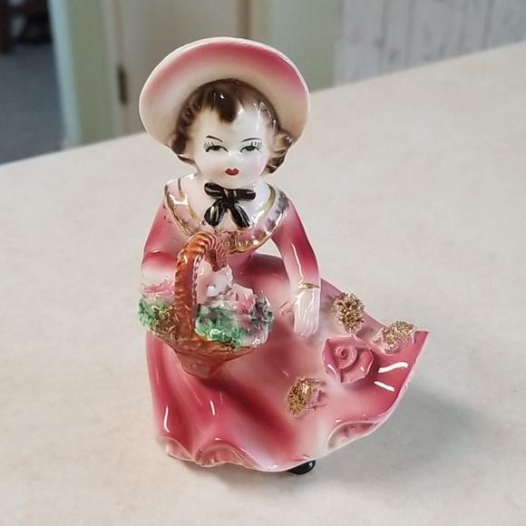 Vtg Mid Century Handpainted Flower Girl Figurine